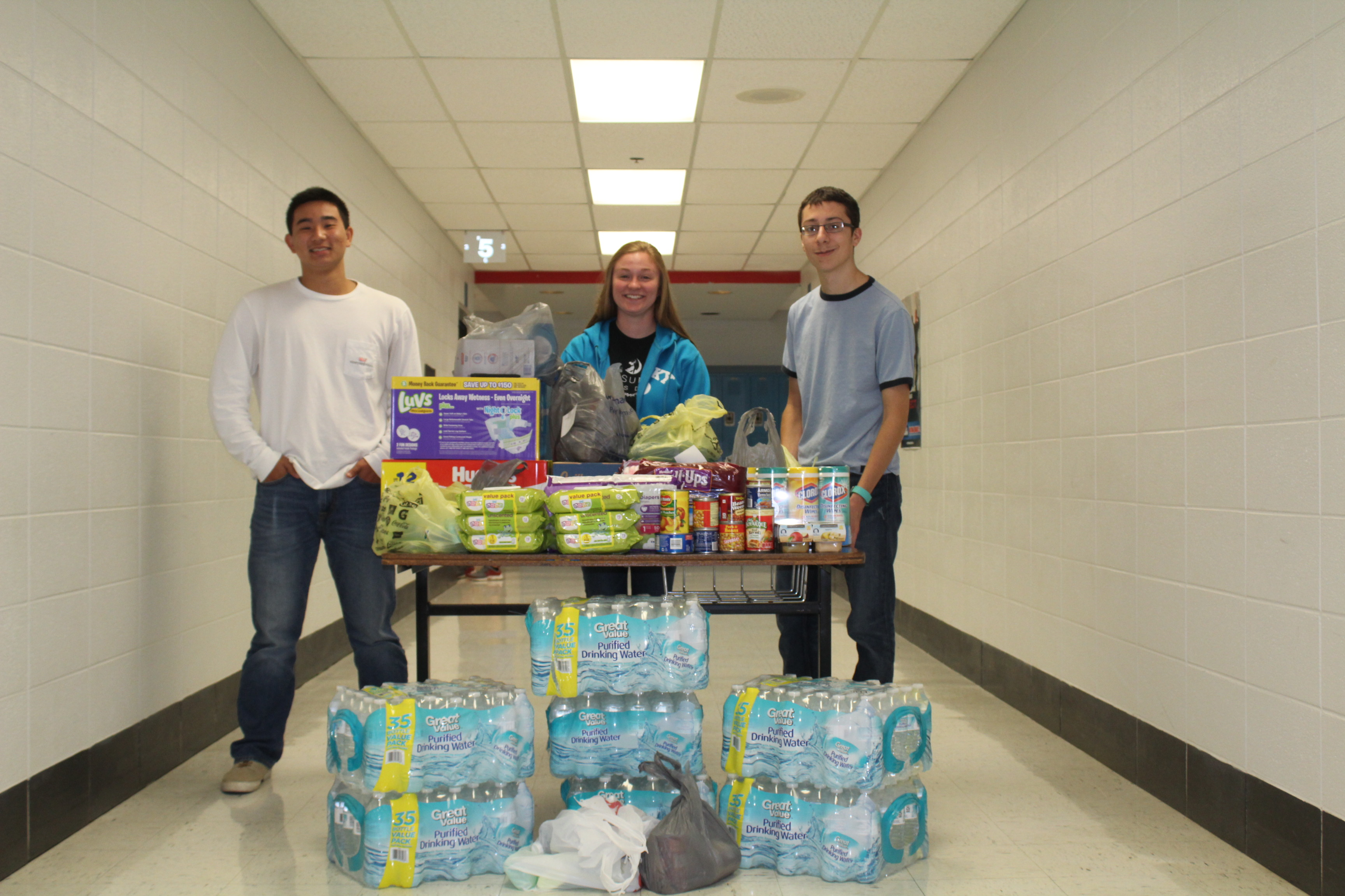 ACHS Students Donate to Hurricane Harvey Victims