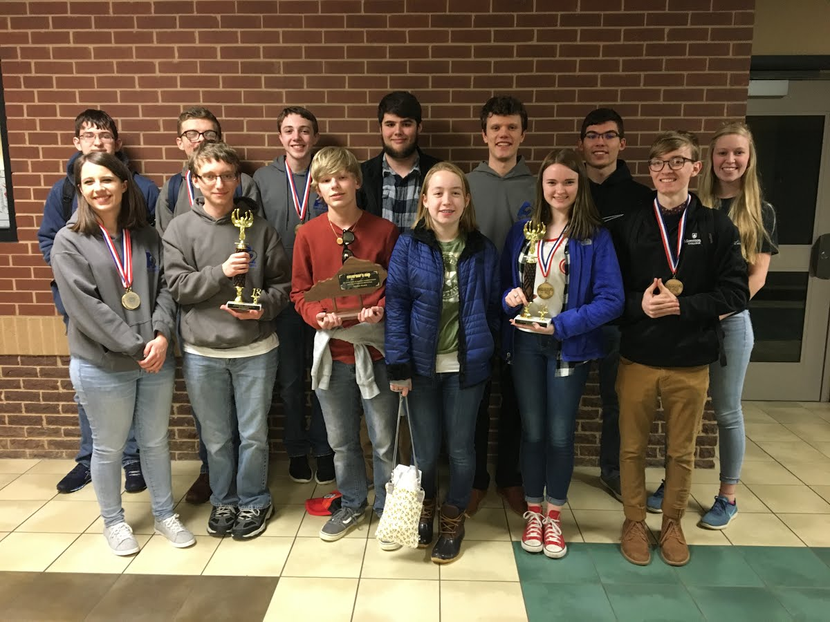 ACHS Academic Team Poses After Regional Victories